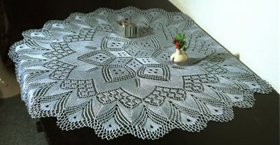 Large doily with 6 point star